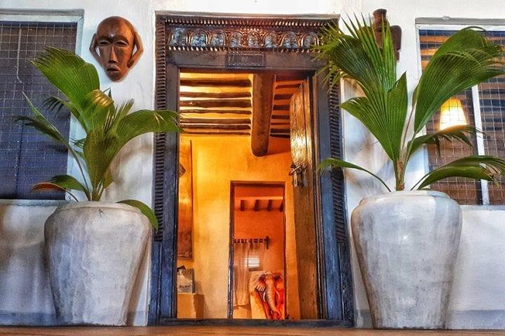 Zanzibar house budzet smestaj vrata