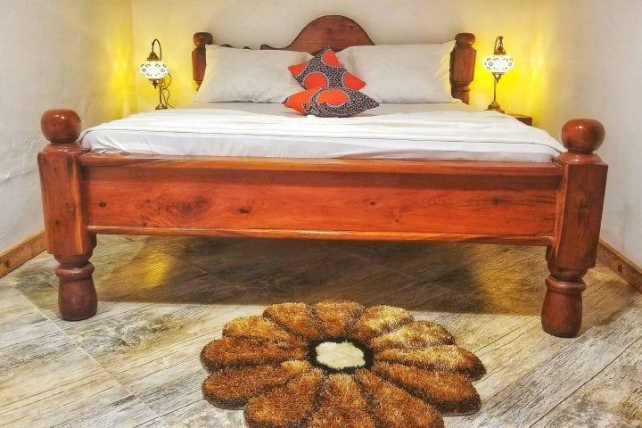 Soba sa bracnim krevetom